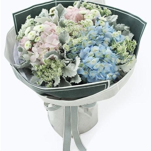 淺藍繡球 + 淺粉繡球 + 配花