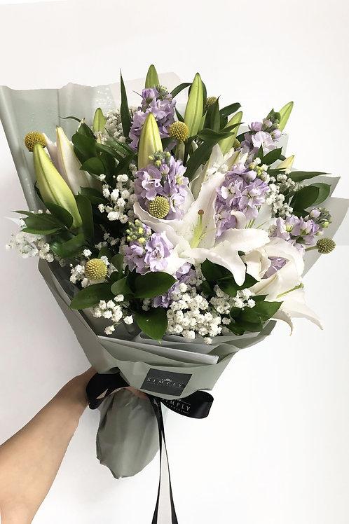 百合 + 日本射香 + 襯花 花束