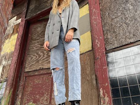 Alt-pop artist Natalie Carr shares groove-infused single 'Scraped Knees'