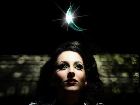 Nadia Vaeh Works Her Magic With New Single 'Spellbinding'