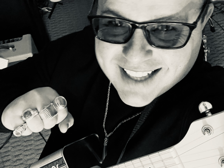 Get To Know: Comedic Surf Musician Beachfront Vinny