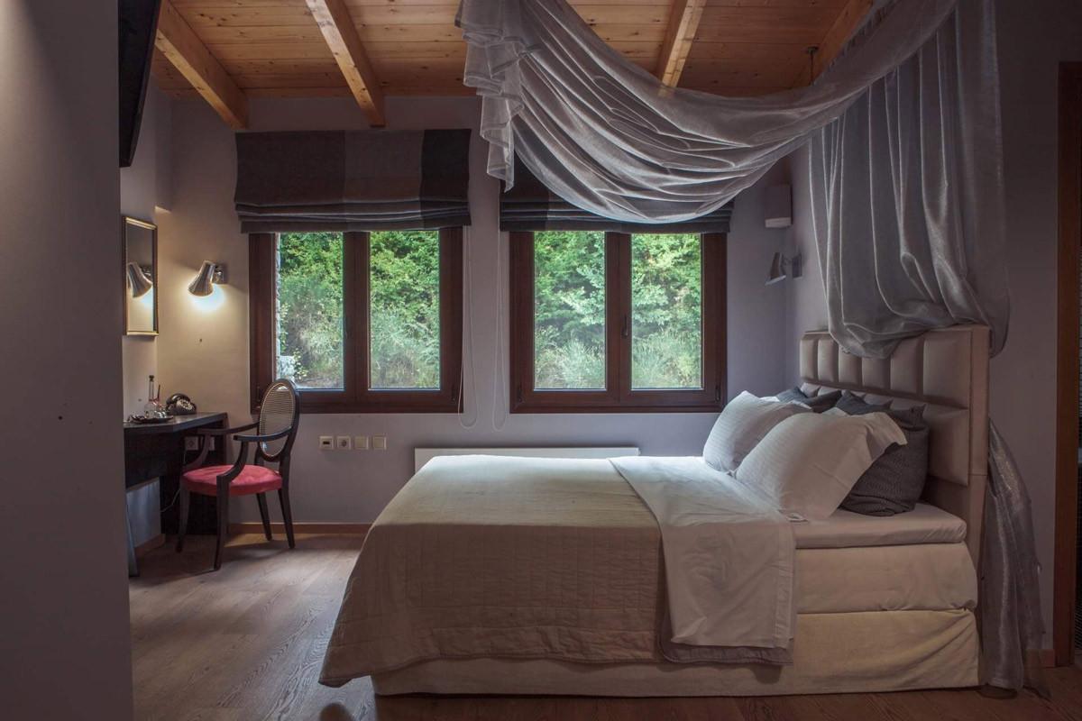 Master Bedroom Summer