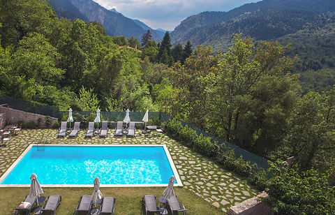 karpenisi-forest-suites-swimming-pool.jp