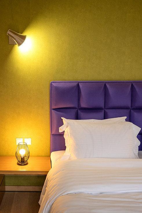karpenisi-forest-suites-purple-deluxe-su