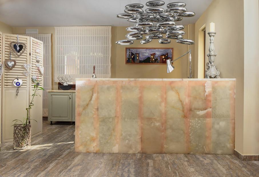 karpenisi-forest-suites-reception.jpeg