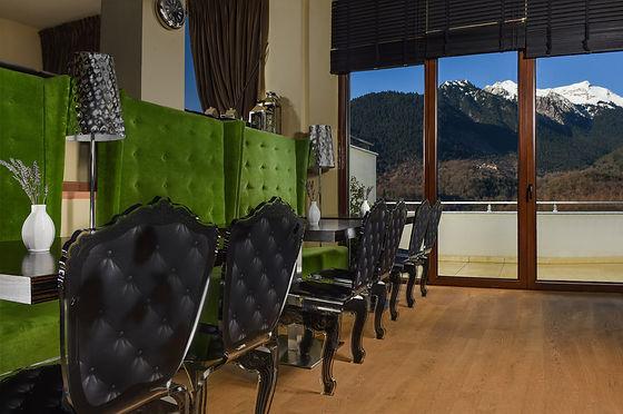 karpenisi-forest-suites-cafeteria.jpeg