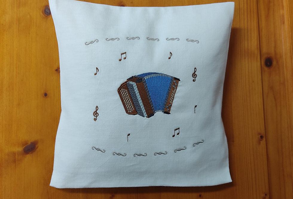 Zirbenkissen bestickt - Steirische Harmonika -