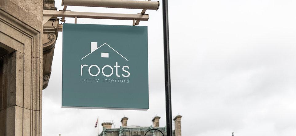 sign-mockup-featuring-european-buildings-4116-el1_edited.jpg