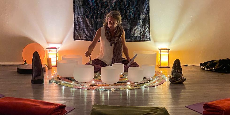 Crystal Bowl Sound Healing & Meditation (4)