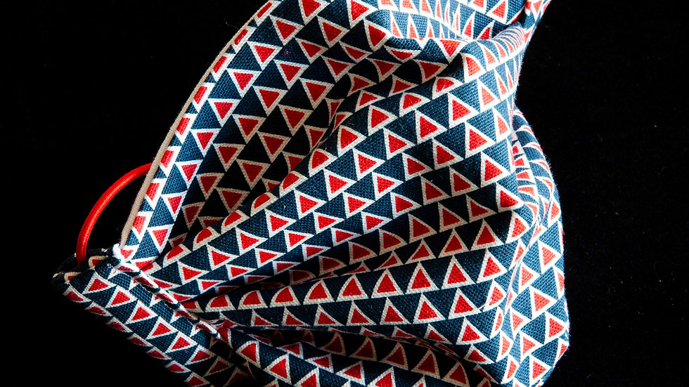 Red and blue retro triangles