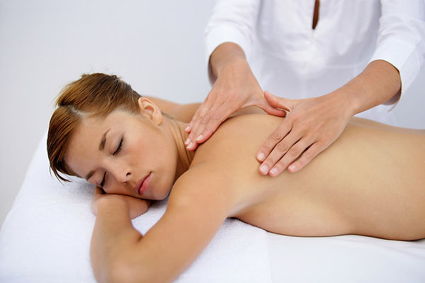 woman+having+Nuru-massage.jpg