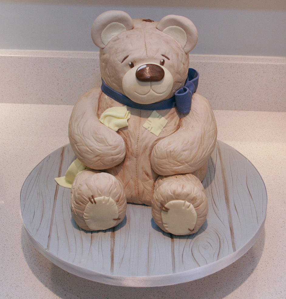 3D Teddy Bear Cake