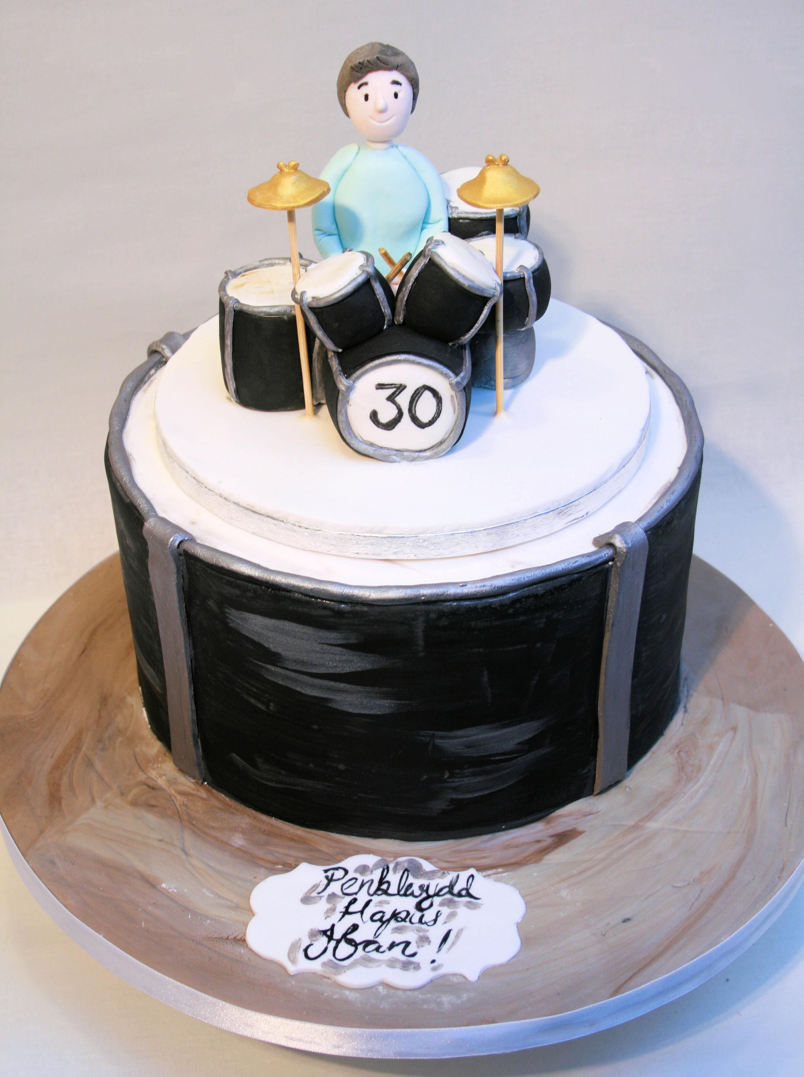 Drumkit cake