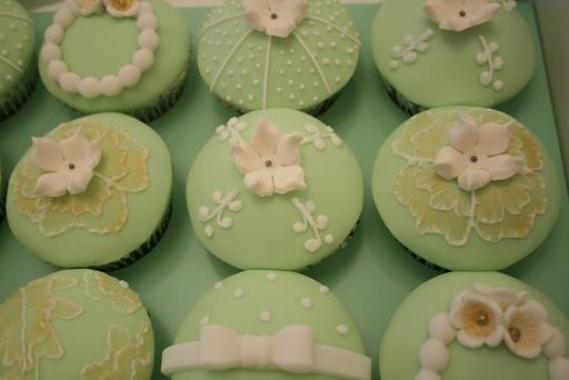 Pastel Green Cupcakes