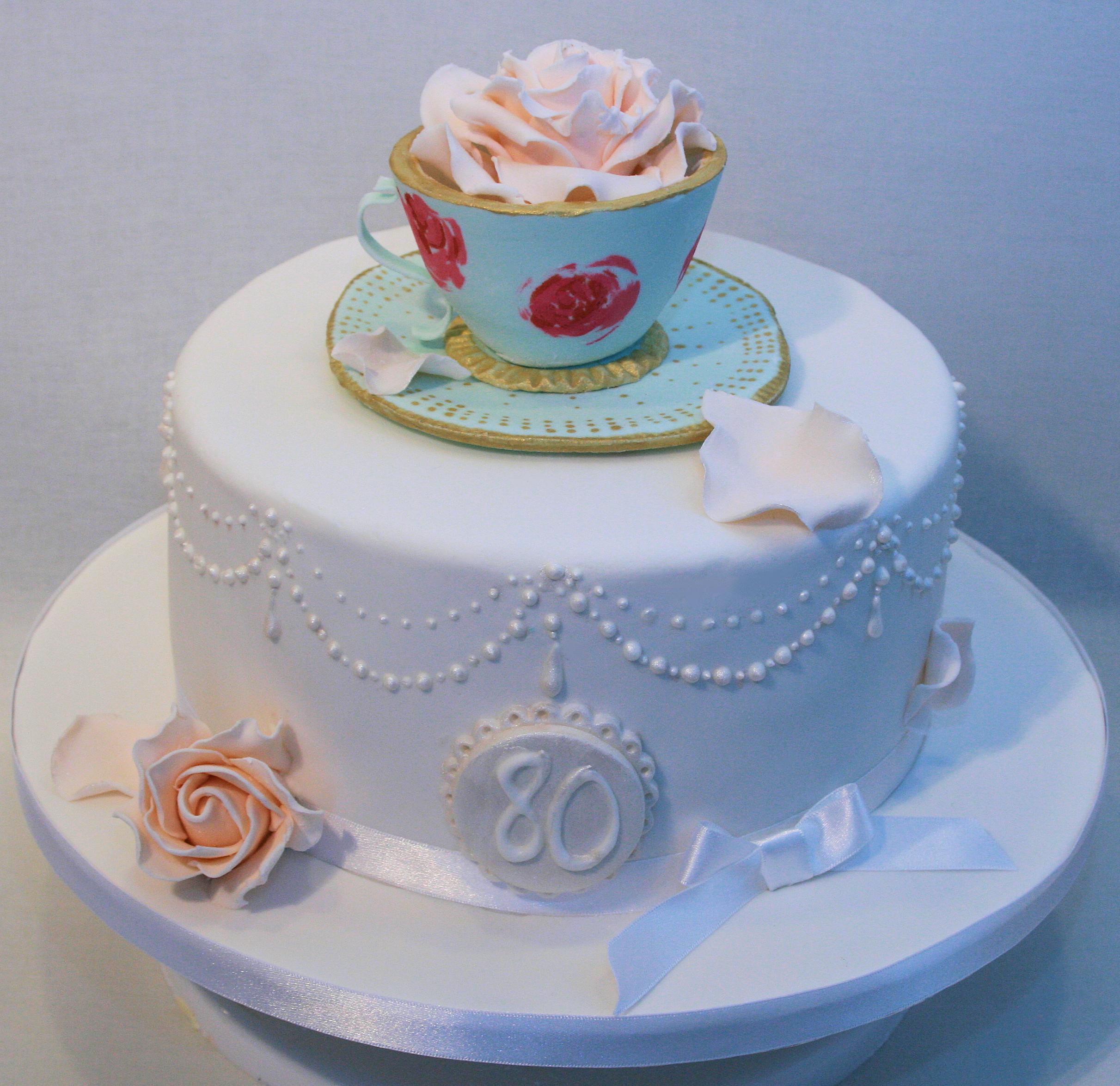 Vintage Teacup Cake