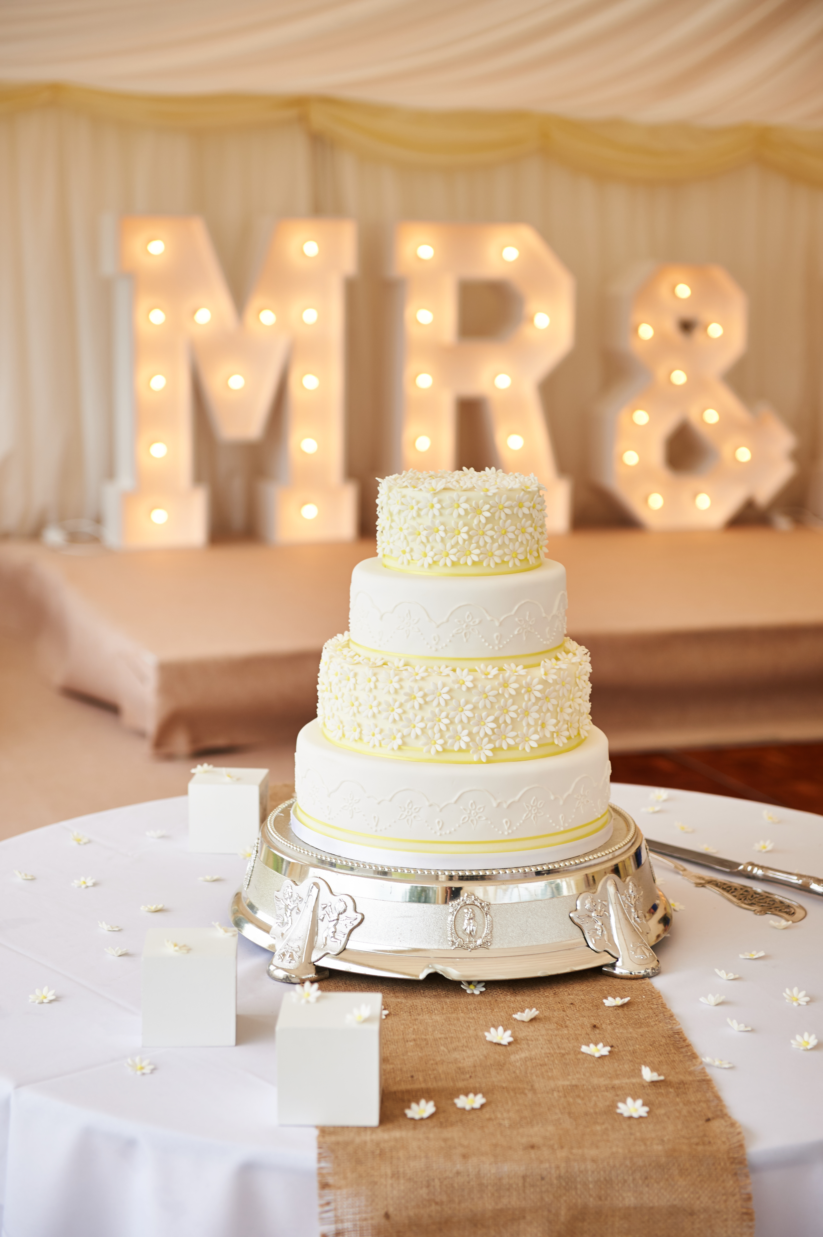 Daisy Yellow Wedding Cake