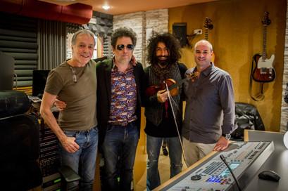 Con Fernando Egozcue, Andrés Calamaro y Ara Malikian