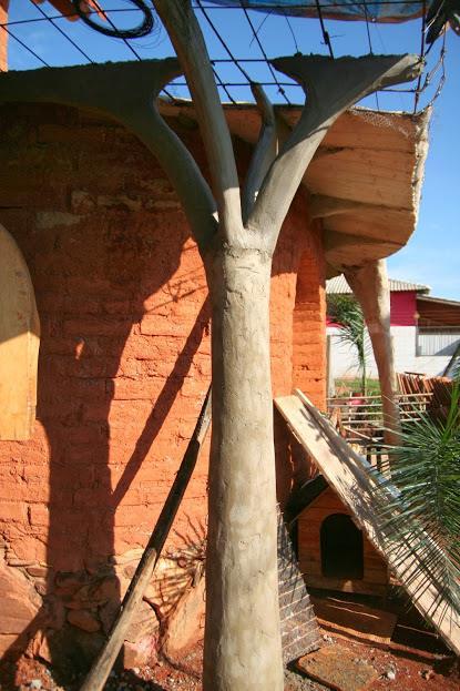 Detalhes esculturais em ferro-ciment