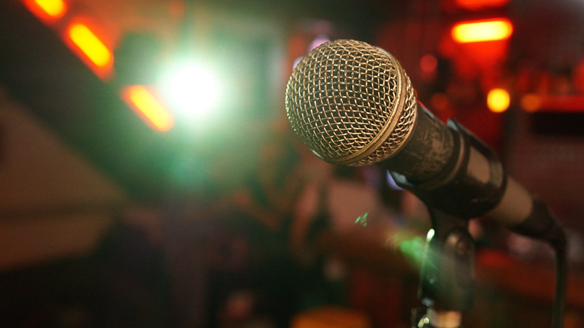microphone-3989881.jpg