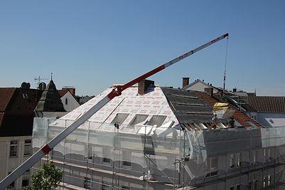 roofers-2681354_1920.jpg