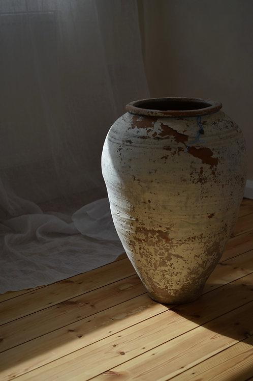 ~Beste~ antique Mediterranean olive pot