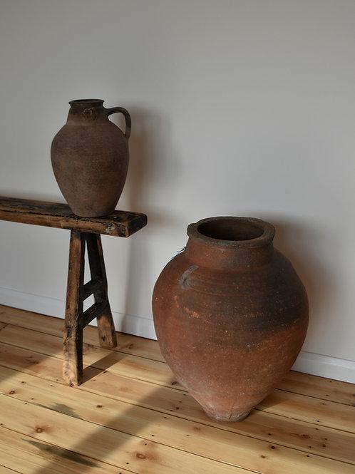~Erva~ antique red olive pot
