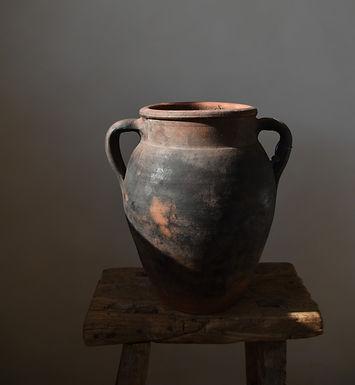 ~Sümeyye~ antique clay twin-handled pot