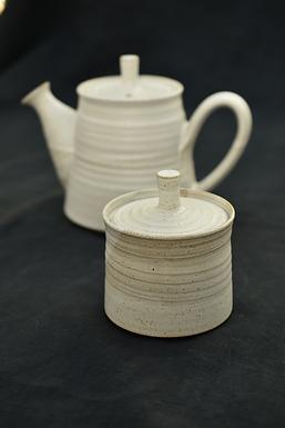 handmade ceramic sugar bowl | Tim Fenna