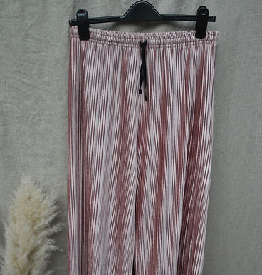 vintage Urban Outfitters trousers | size 8-12