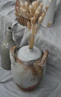 French oil jar
