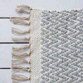 isá handwoven cotton chevron rug