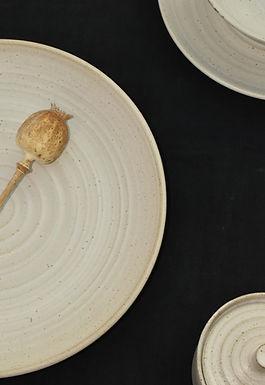 handmade speckled dinner plate | Tim Fenna