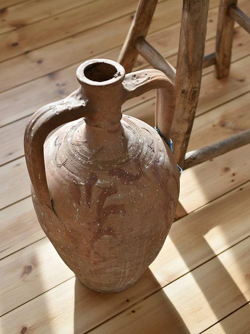 ~Derin~ antique decorative amphora