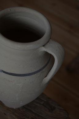 ~Aylin~ pale clay pitcher pot