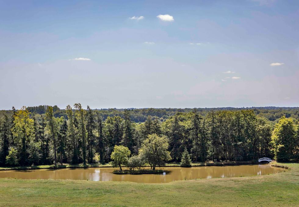 Etang Parc Domaine du Chalonge