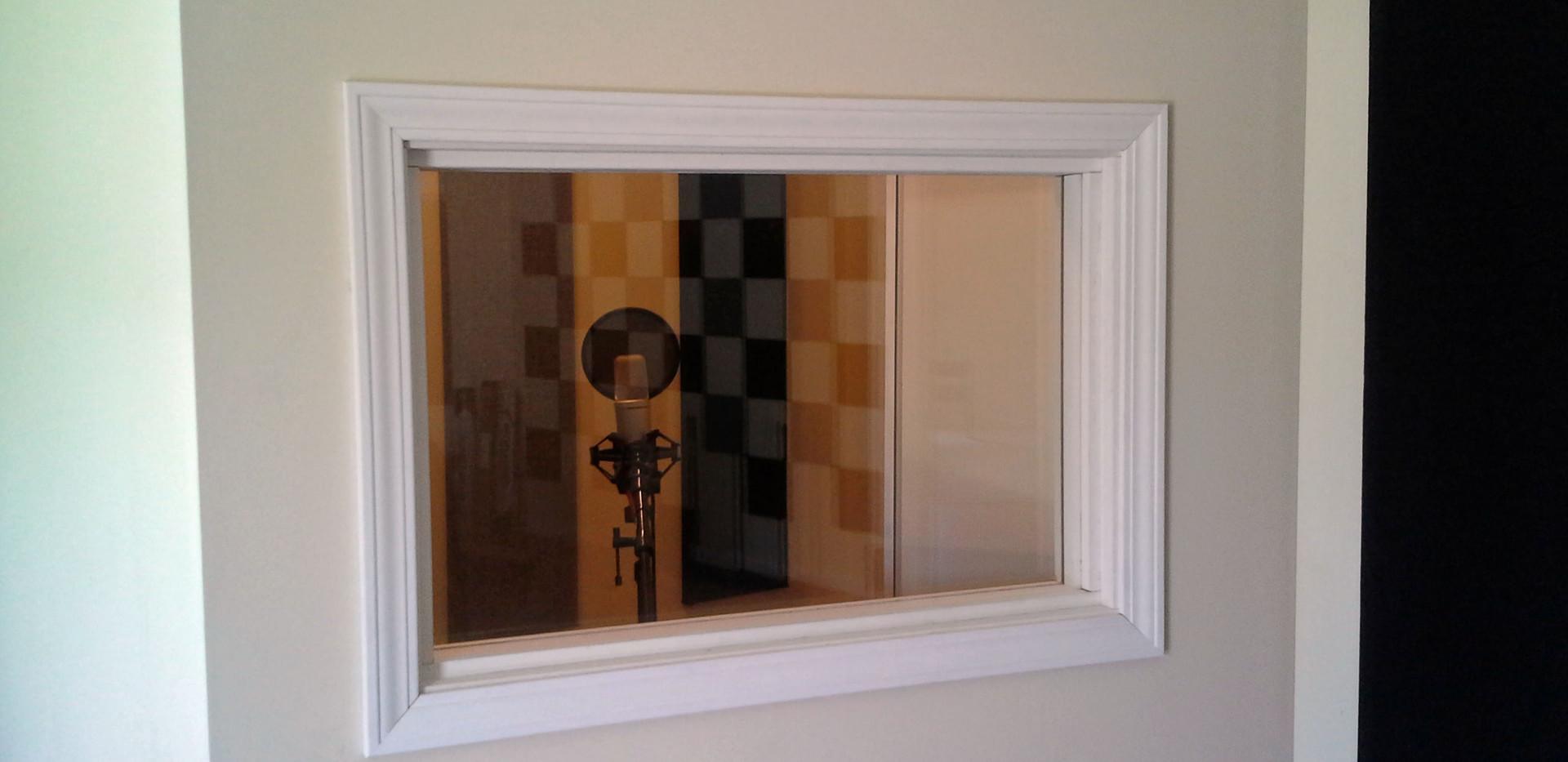 Webpage soundroom (6).jpg