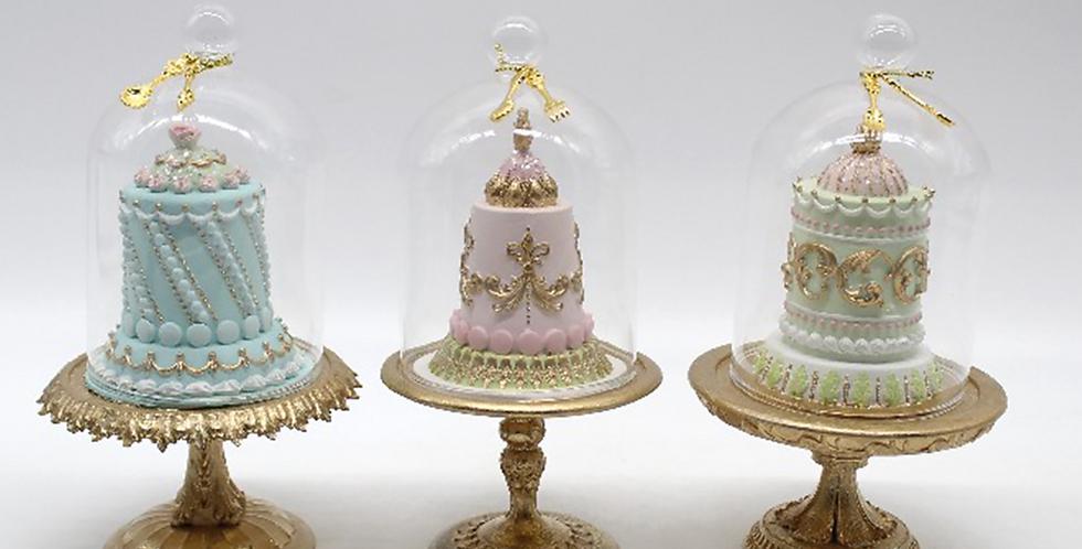 Set of 3 Cake Desserts in Glass Cloche Decor