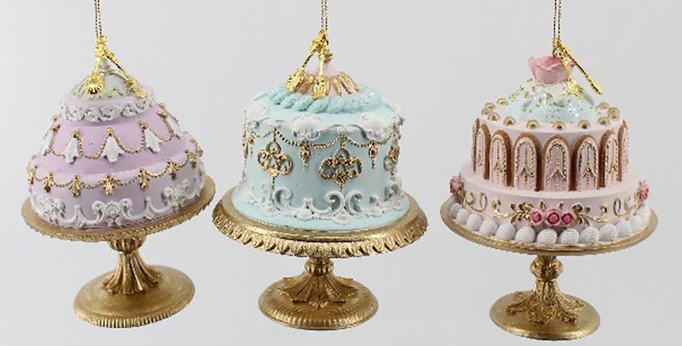 Set of 3 Assorted Cake Ornaments and Decor