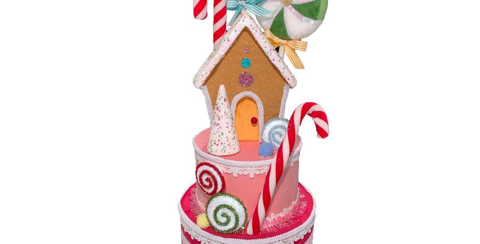 Sweet Shoppe Gingerbread House on Cake Decor