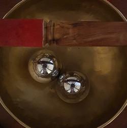 Singing bowl for meditation at Bab'yama