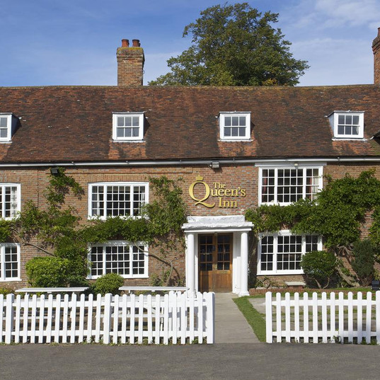 The Queens Inn.jpg