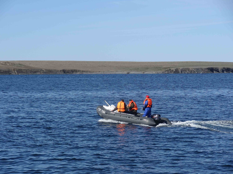 Researchers disembark on Novaya Zemlya