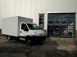 Iveco Daily 40C12 Koffer mit LBW.JPG