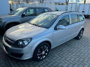 Opel Astra Caravan.JPG