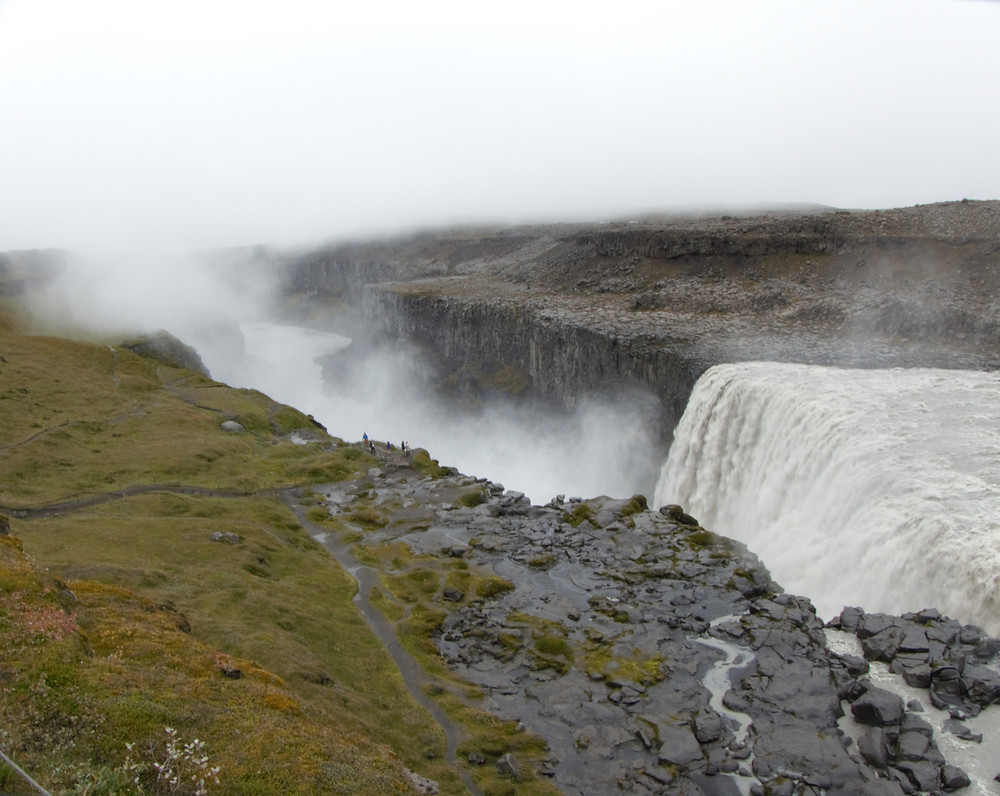 Detifoss WAterfall, Iceland - Vagabond Journals