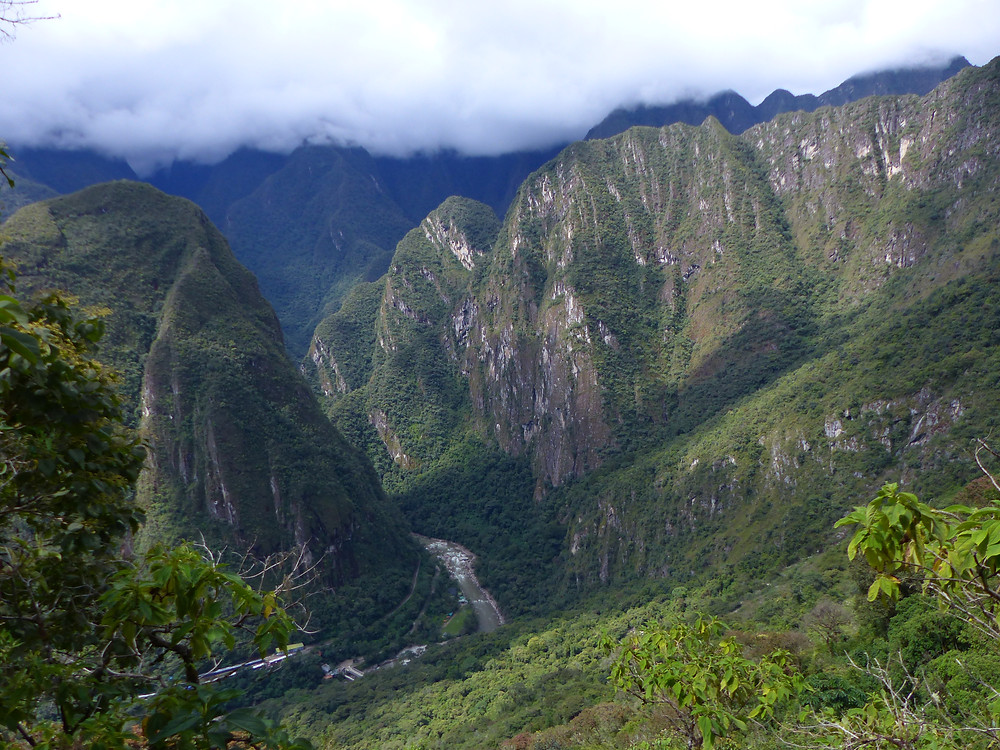Machu Picchu Hike Scenery - Vagabond Journals