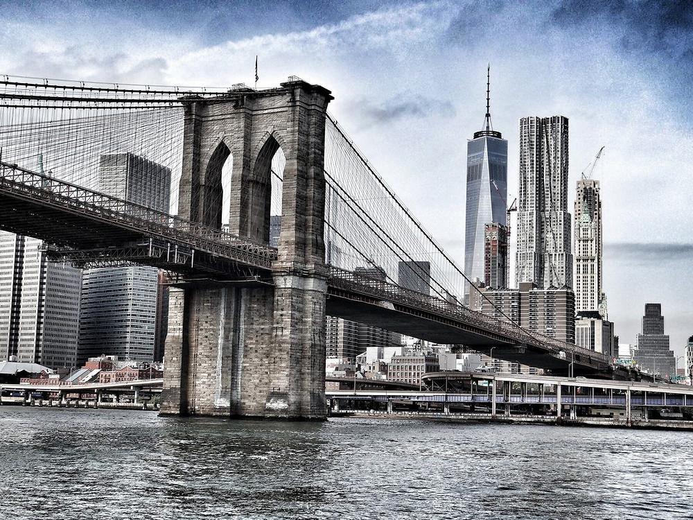 Vista actual del puente de Brooklyn