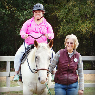 EA, Therapy Horse Rebel and Volunteer Ci