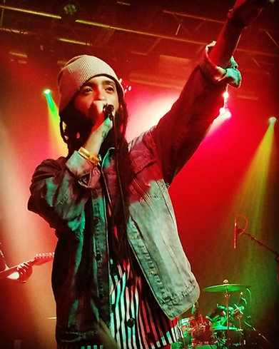 Thank you @protoje and @theindiggnation for sharing your positive music and love with Seattle, WA. Until next time, Bless Up. #blackgrenadeentertainment #oneheart #washington #positive #reggae #BxGxE #seattle #protoje #theindiggnation #ChuunIn #jamaicamusic