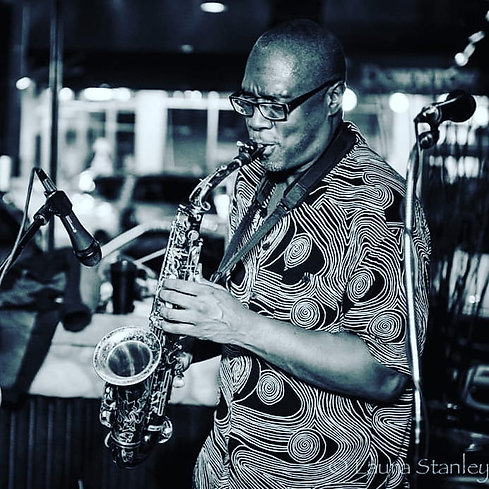 TONIGHT 10.23.19 come on down and hold a vibe with us as we celebrate @lenny.price.61 and raise funds so he can play his saxophone once more. This is an all ages benefit in downtown Ellensburg ft. live performances by #DanJames #JumpinJohnny and #blackgrenadeentertainment 📷:Laura Stanley #ForwardMotion #livemusic #420building #allages #ellensburgmusic #livinglegends #acoustic #reggae #jazz